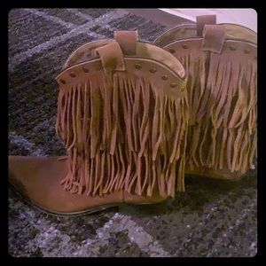 Smokey Mountain Boots with fringe size 6.5 brown